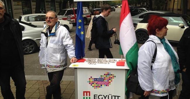 Whistles disturb Hungary commemorations of 1956 revolution