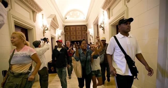 Venezuelan Congress declares that Maduro has staged a coup