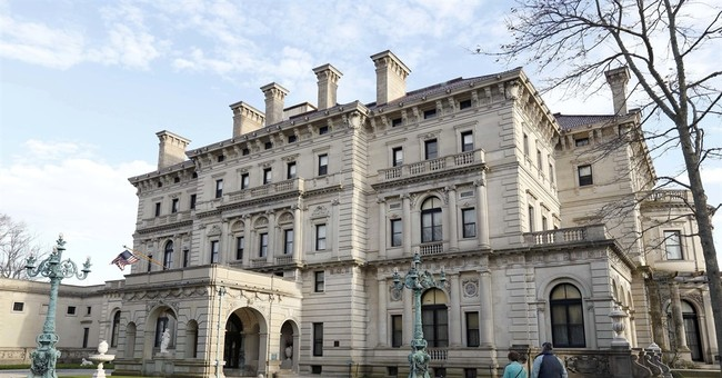 High court steps into fight on Vanderbilts' Breakers mansion