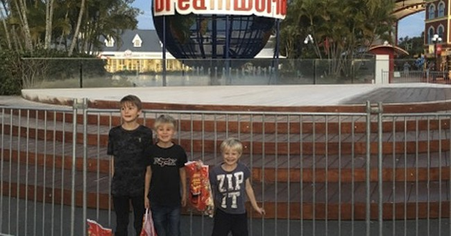 Police: 2 children lucky to survive accident at Aussie park