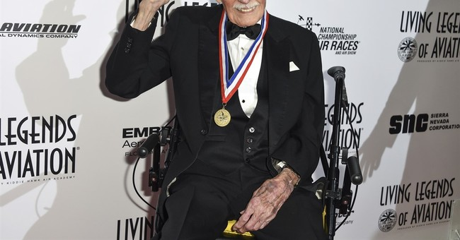 Top pilot who stole plane to escape WWII prison camp dies