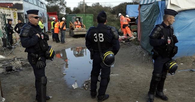 Dreams, smugglers feed migrant myth of El Dorado in Britain