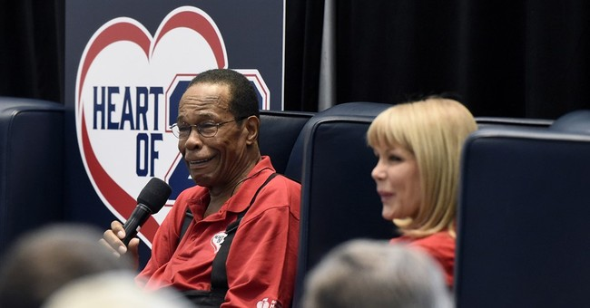 Carew, on mend from heart attack, eyes Twins spring training