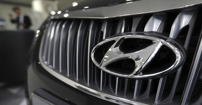 Hyundai Motor blames strike as profit hits 7-year-low