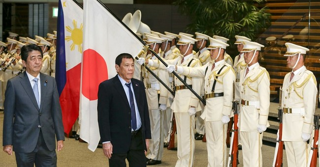 Philippine leader affirms US alliance but wants troops out