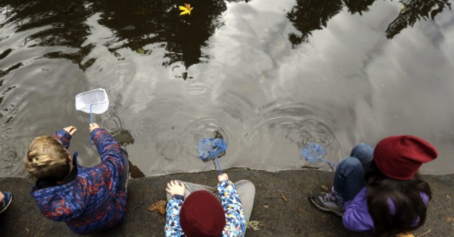 Oregon weighs whether all kids should get outdoor education
