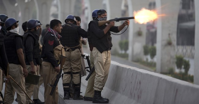 Pakistani police, opposition supporters clash in Islamabad