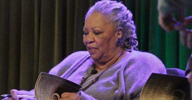Toni Morrison receives Bellow award for lifetime achievement