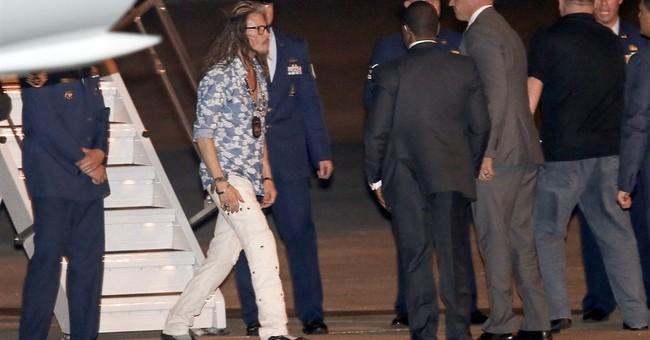 Dream on, Mr. President: Obama hangs with Aerosmith singer