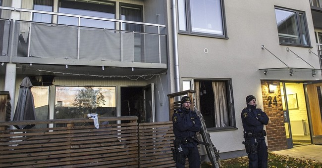 Apartment fire in Sweden kills family of 4
