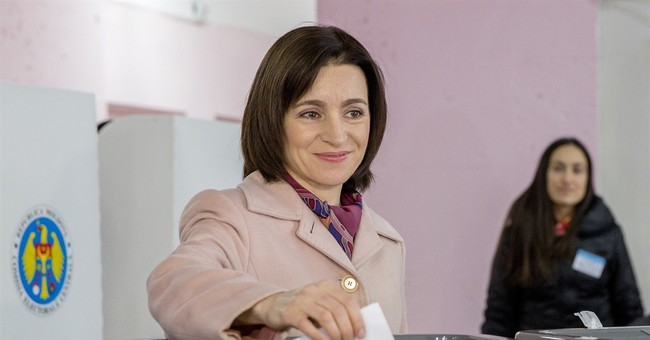Moldovan presidential election goes to runoff