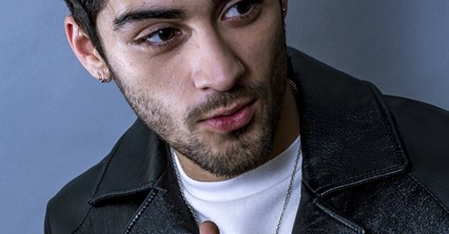 In book, Zayn opens up about eating disorder, 1D, anxiety