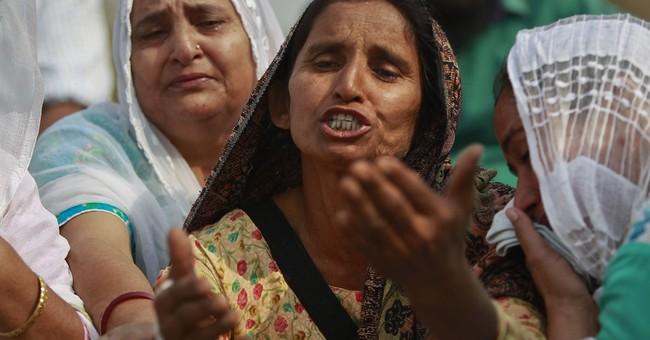 India, Pakistan trade border fire in Kashmir, 8 killed