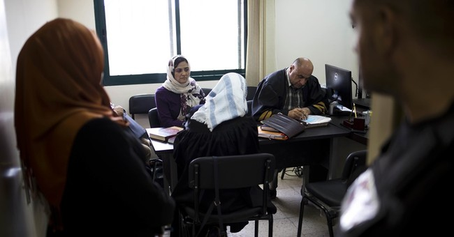 Palestinian lawyer fights for women, one divorce at a time