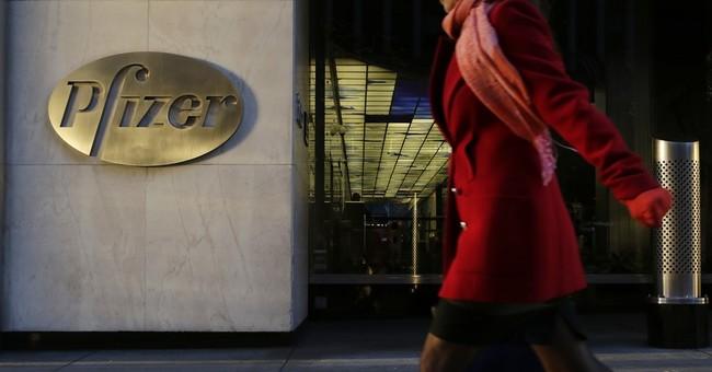 Pfizer net plunges 38 pct., misses Street 3Q forecasts