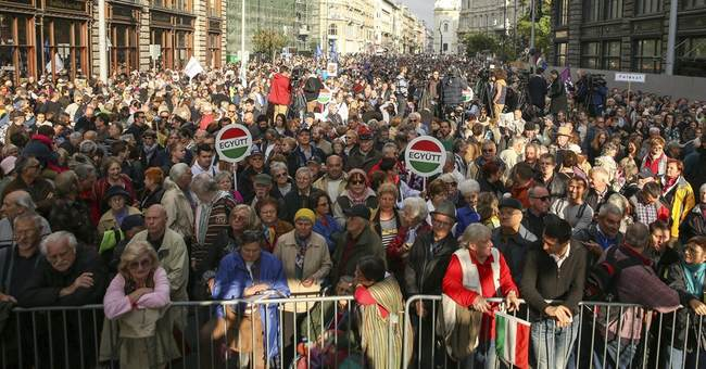 Rights group: EU must act, Hungarian govt harms rule of law