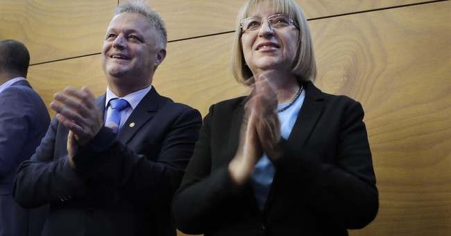 Main issues, candidates in Bulgarian presidential election