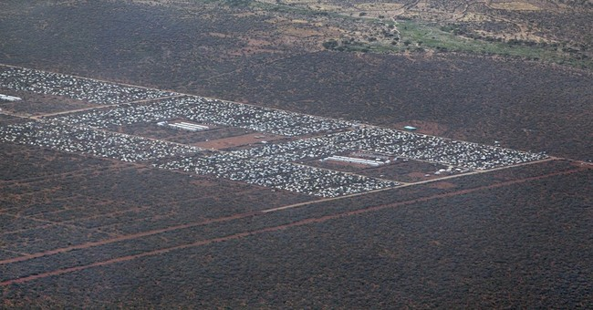 Kenya warned against closing world's largest refugee camp