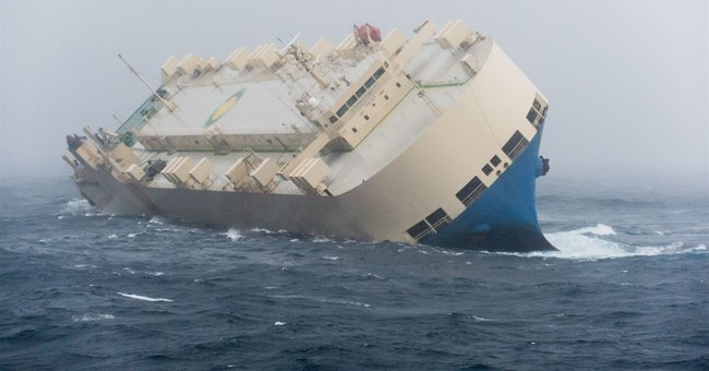Experts in last attempt to salvage drifting ship off France