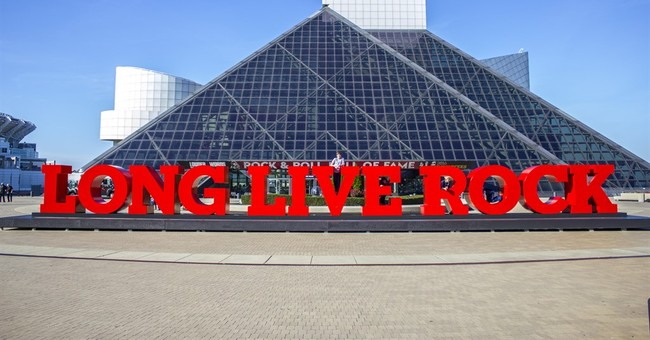 'Long Live Rock' sign unveiled at Rock and Roll Hall of Fame