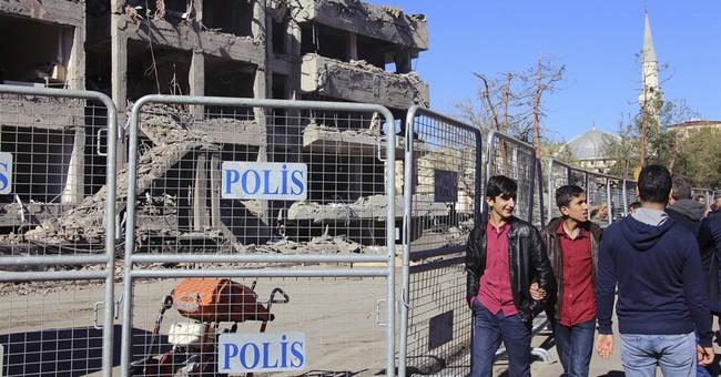 Kurdish militant group TAK claims Turkey car bomb attack