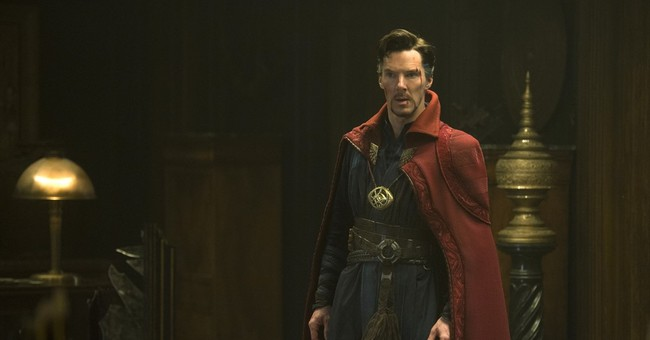 'Doctor Strange' spins magic at re-energized box office