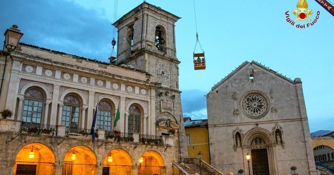Italy: 17th century artwork stolen from quake-damaged church