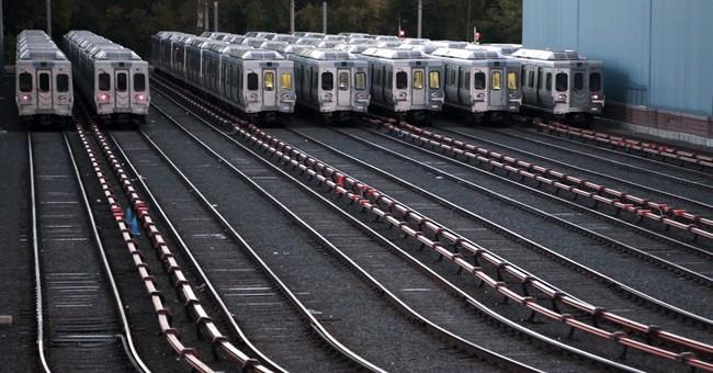Philadelphia transit strike ends, avoiding election impact