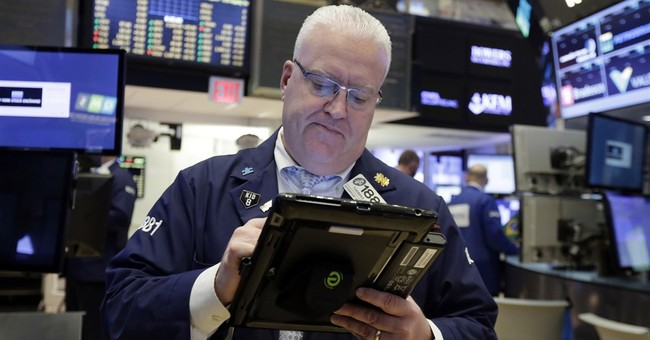 Asian stocks mixed as investors focus on US election