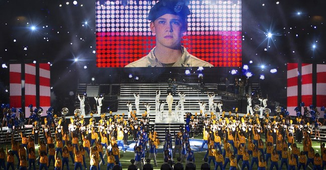 Review: 'Billy Lynn's Long Halftime Walk' is a mesmeric trip