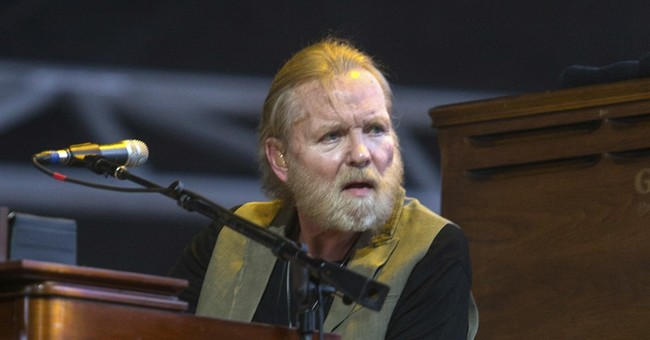 Gregg Allman cancels shows due to vocal cord injury