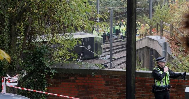 Police: 7 killed in London early morning tram derailment