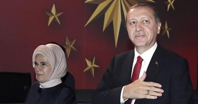 EU, Turkey challenge each other to decide on membership bid