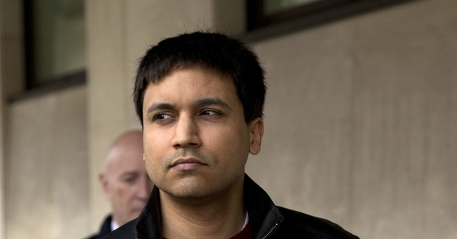 British trader charged in 'flash crash' pleads guilty