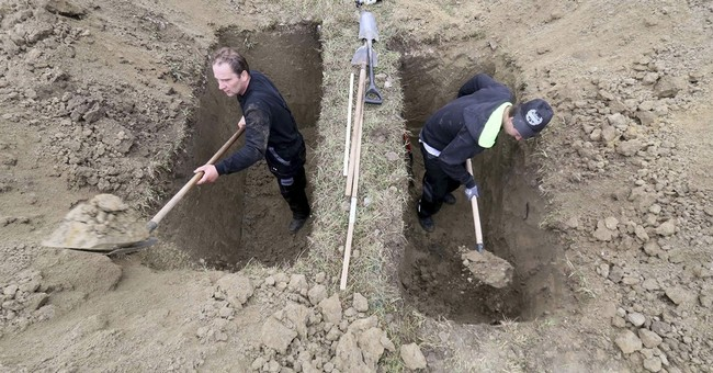 Speedy shovels shine in Slovakia's grave-digging contest