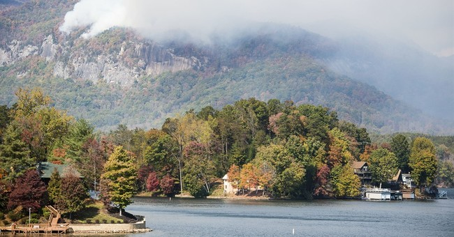 The Latest: South Carolina extends burning ban in Piedmont