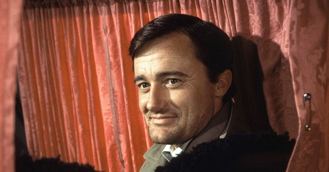 Robert Vaughn, suave 'Man from UNCLE' star, dies at 83