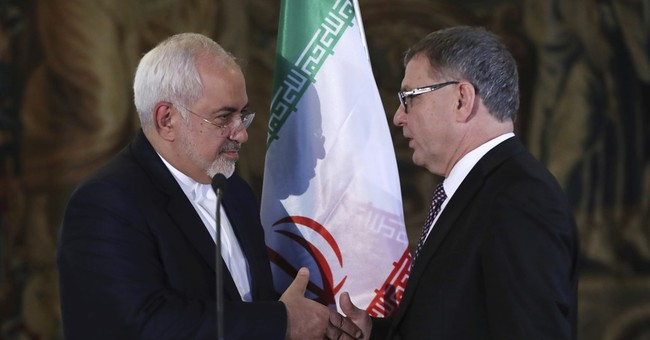 Iran's FM in Prague to discuss business, nuclear cooperation