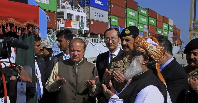 Chinese ship opens new trade route via Pakistani port