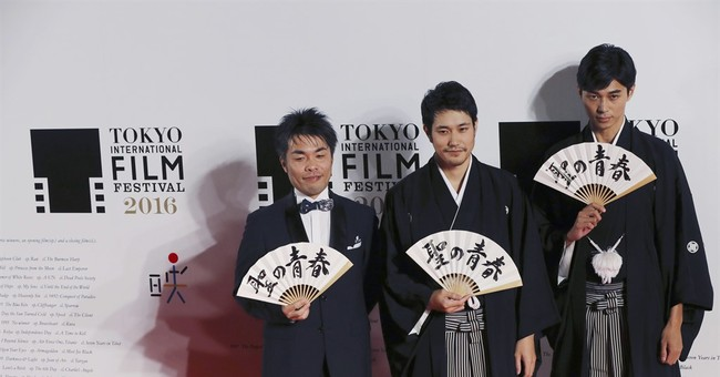 Japan actor gives his all to play shogi master in 'Satoshi'