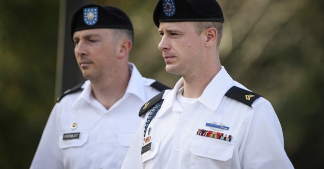 The Latest: Judge moves Bergdahl trial to April 2017
