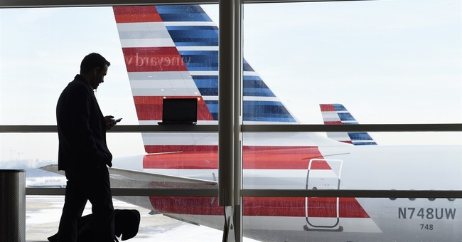 Airlines restore tiny perks, like pretzels, to pacify fliers