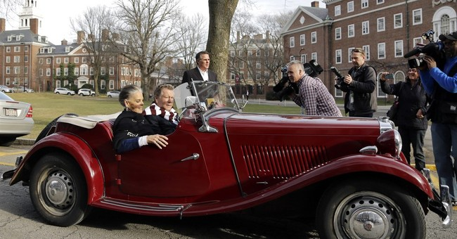 'Love Story' actors return to Harvard 45 years later