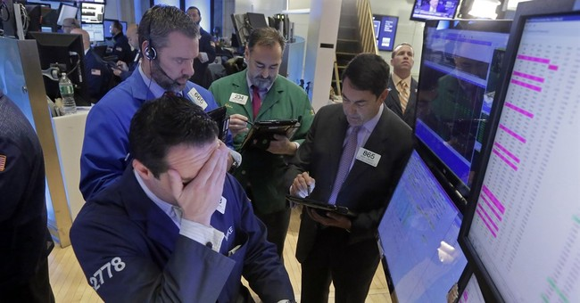 US stocks edge mostly lower as energy prices plunge again