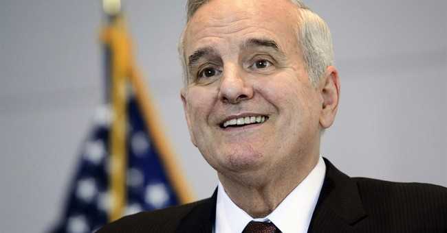 Minnesota governor released from hospital after fainting