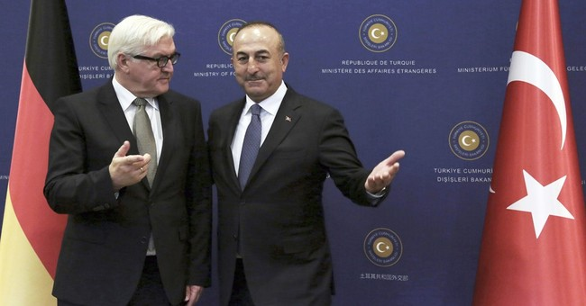 Germany's Steinmeier favors Turkey's continued EU talks
