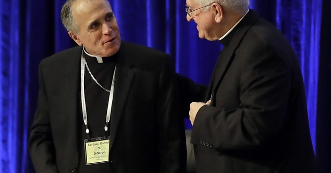 Pope praises Latinos, immigrants in remarks to US church