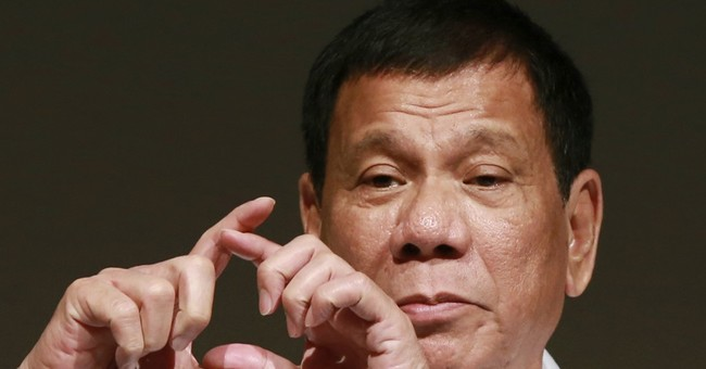 Philippine president wants to be friends with Trump, Putin