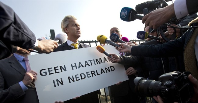 Dutch prosecutor urges fine for anti-Islam lawmaker Wilders