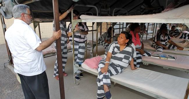 Tent jails, pink undies: Odd choices for New Arizona sheriff